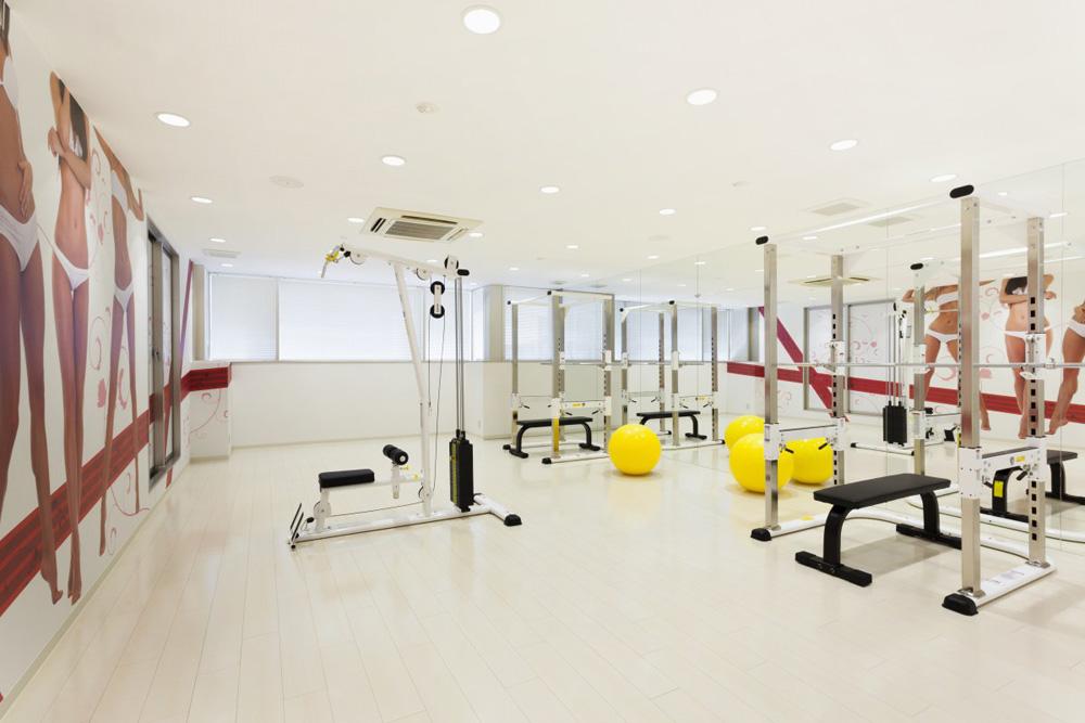 リボーンマイセルフ金山店・トレーニングルーム