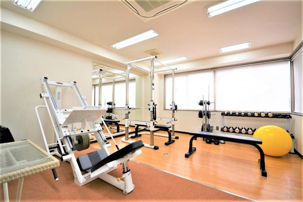 リボーンマイセルフ京橋店・トレーニングルーム