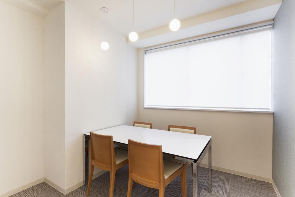 リボーンマイセルフ京都駅店・カウンセリングルーム