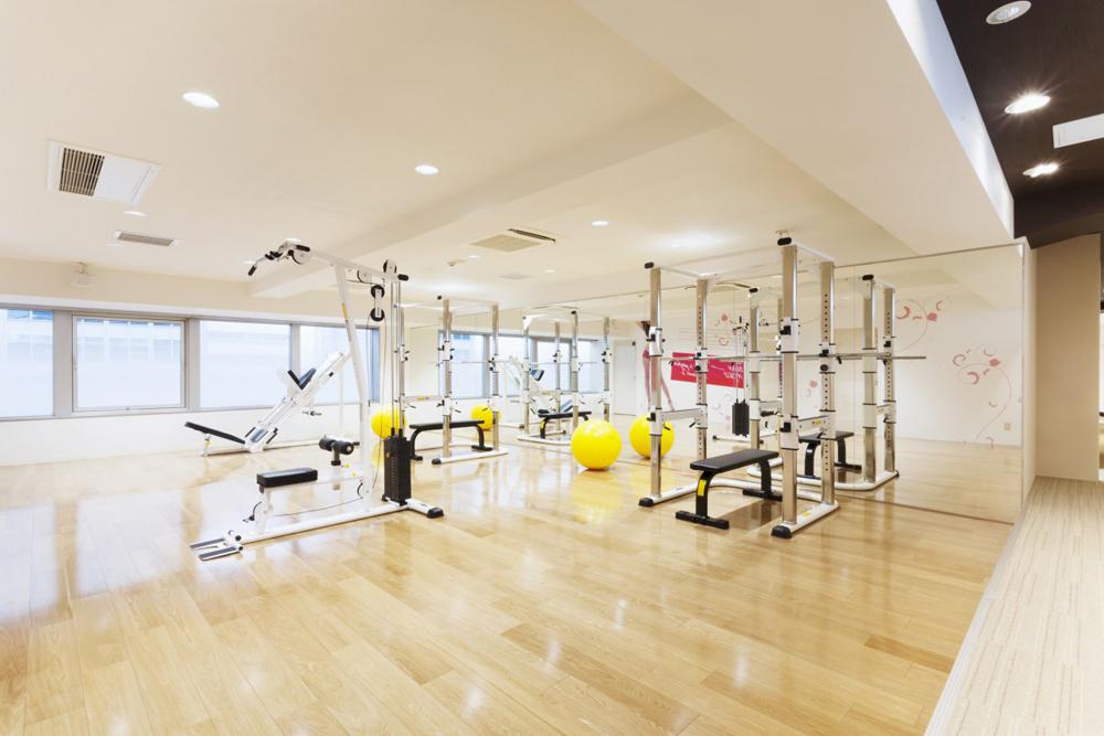 リボーンマイセルフ六本木店・トレーニングルーム