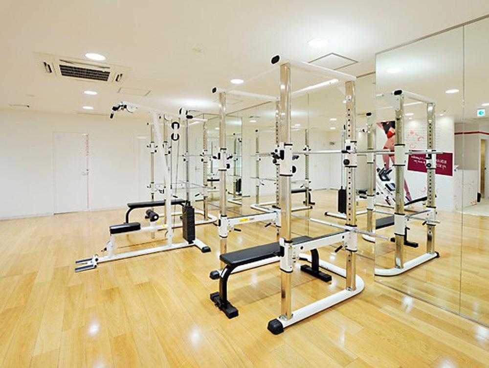 リボーンマイセルフ栄店・トレーニングルーム