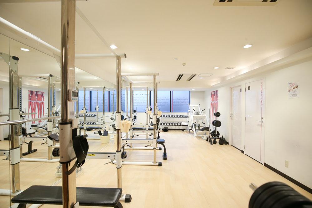 リボーンマイセルフ梅田店・トレーニングルーム